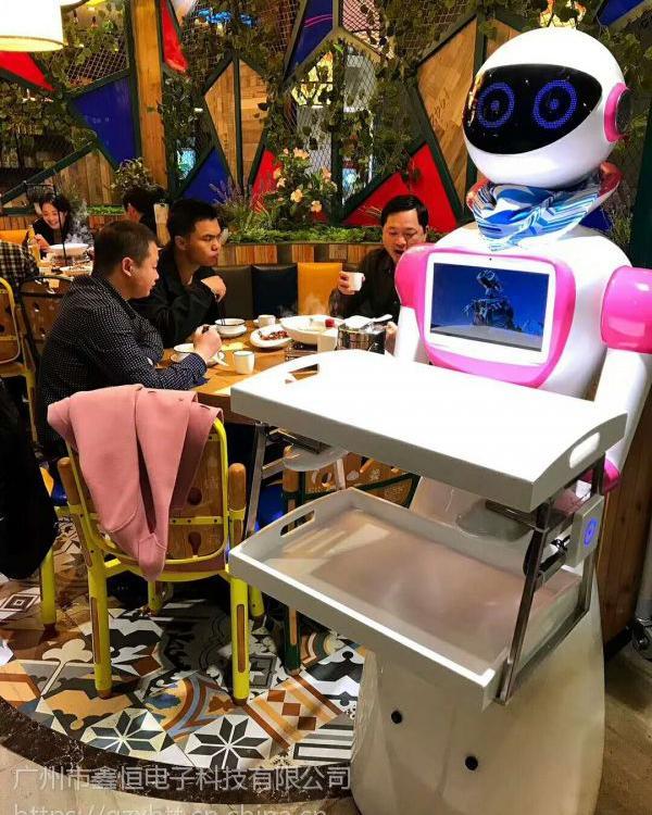 """周口送餐机器人订制厂 酒店机器人 别""""吻""""我我怕修"""