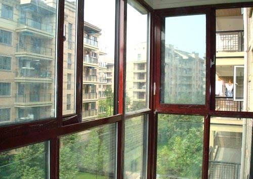 现货铝合金门窗批发价 凤冈销售铝合金门窗型号 欢迎咨询