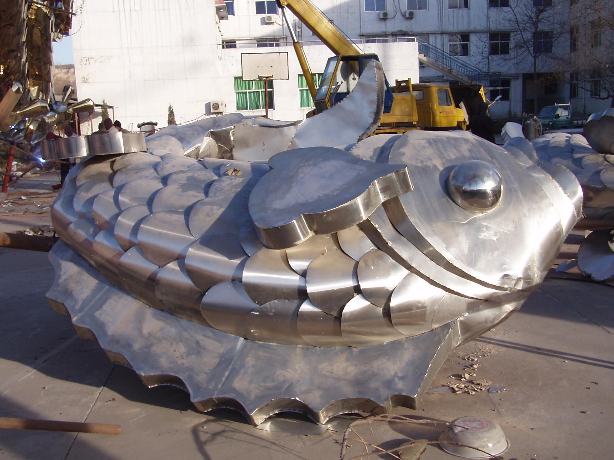 加工不锈钢雕塑-镂空不锈钢雕塑制作