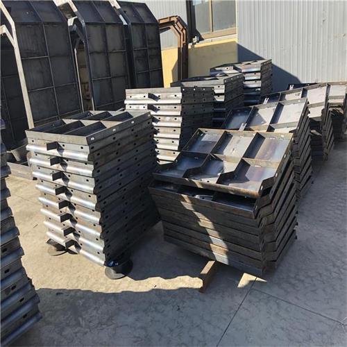 高速防撞墙钢模具报价单 实力模具大厂家