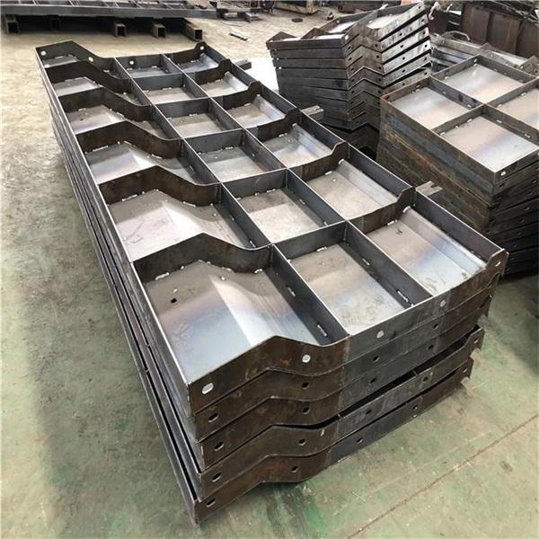 混凝土防撞墙钢模具制作 来图定制