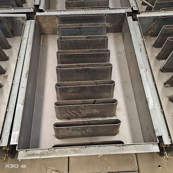 电力盖板模具厂商