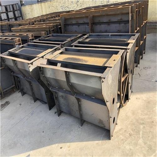 公路水泥隔离墩钢模具厂家批发