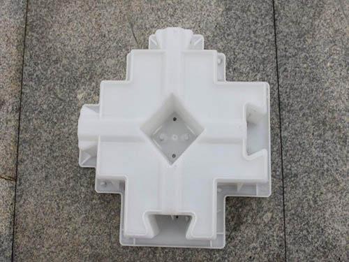 三角连锁生态护坡模具加工