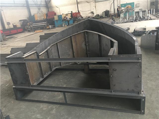 安全岛钢模具推荐 结构设计合理