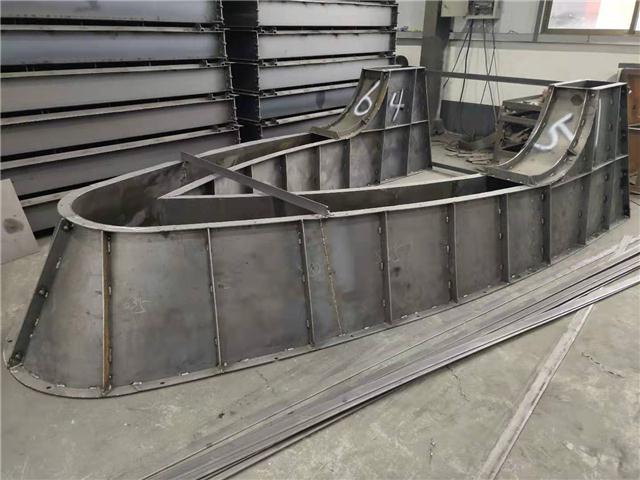 高速安全收费岛钢模具批发价