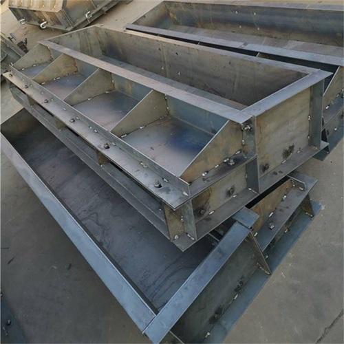 水泥遮板钢模具厂