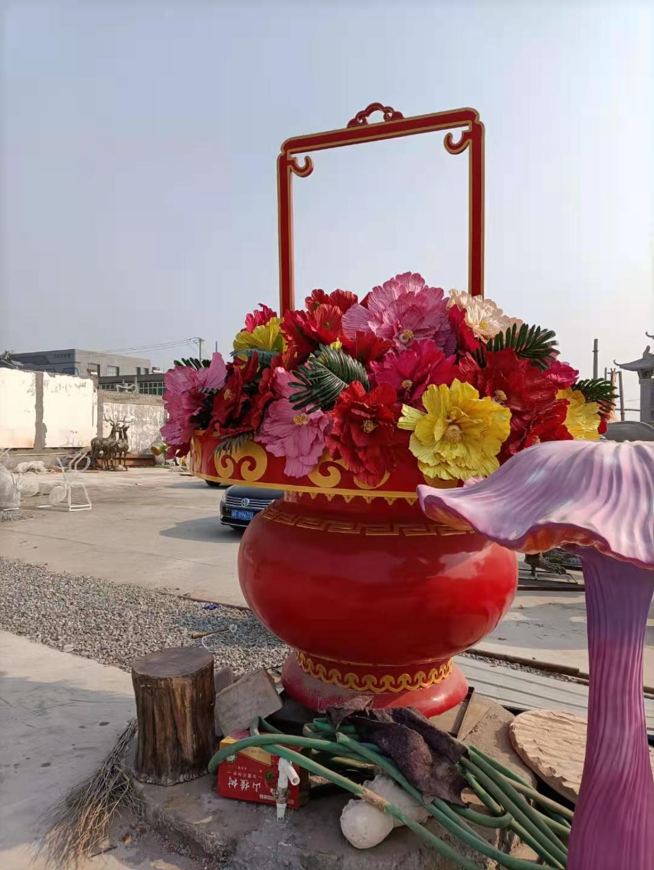 水果花篮雕塑单价 玻璃钢果篮雕塑厂商 设计安装施工一体服务