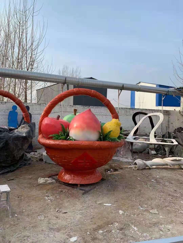 茄子 雕塑直供 广场花篮景观雕塑单价 技术娴熟