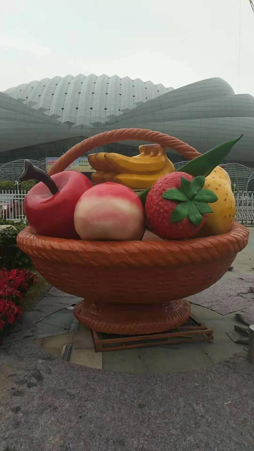 水果花篮雕塑批发价