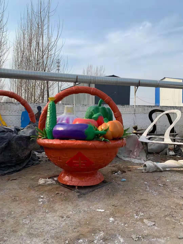 黄瓜 雕塑厂家电话 花篮雕塑供货商 适用各种景观